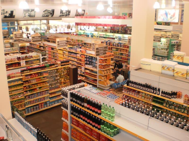 vista aerea supermercado